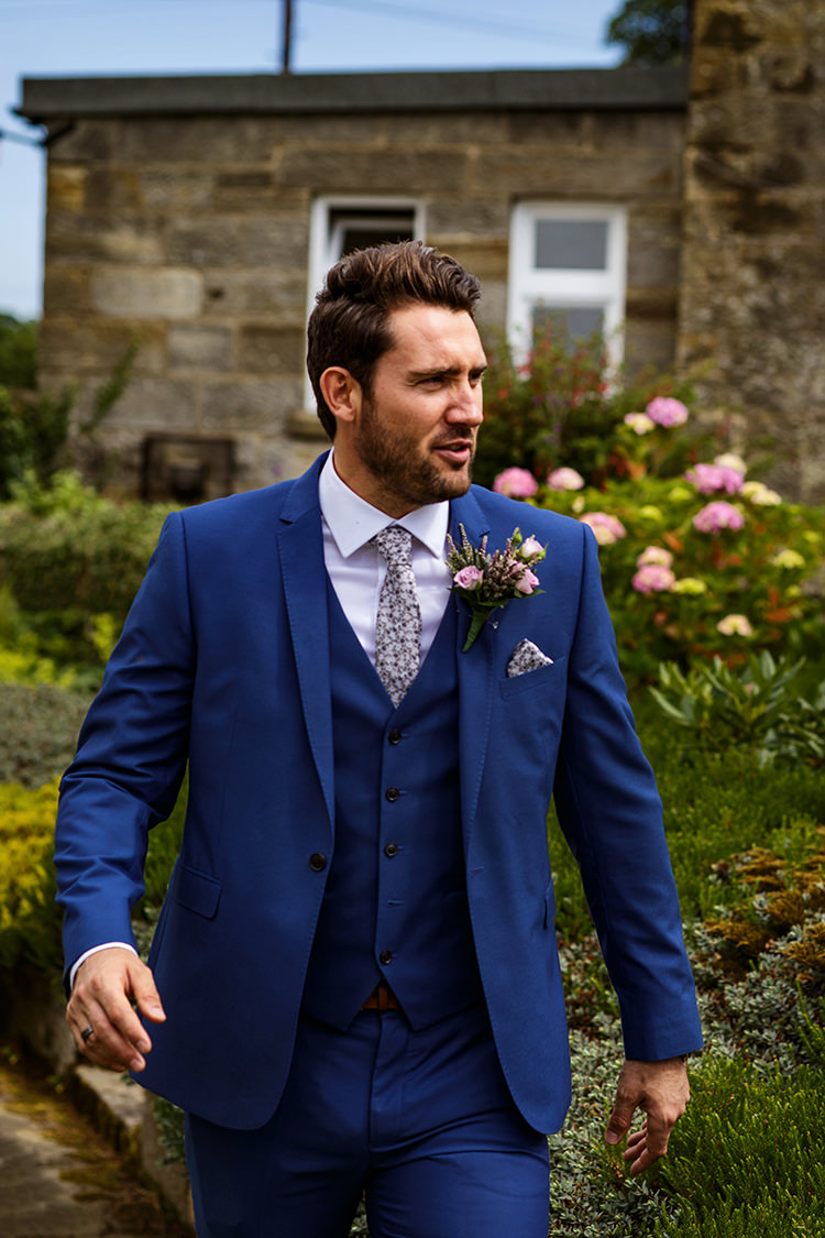 Blue Suit Floral Tie Groom Outdoorsy Garden Rustic Tipi Wedding http://alexabbottphotography.co.uk/