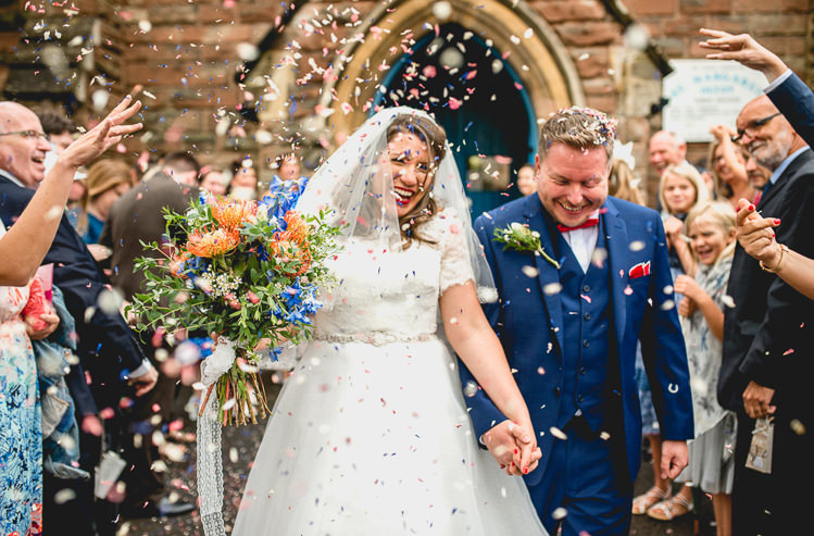 Confetti Throw Bride Groom Fun Quirky 1950s Wedding http://www.lisacarpenterphotos.com/