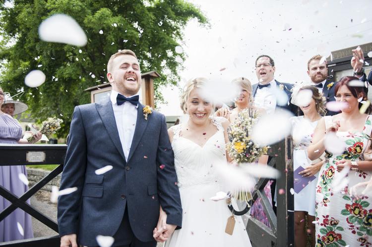 Confetti Throw Bride Groom Whimsical Summery Lilac Wedding http://eleanorjaneweddings.co.uk/