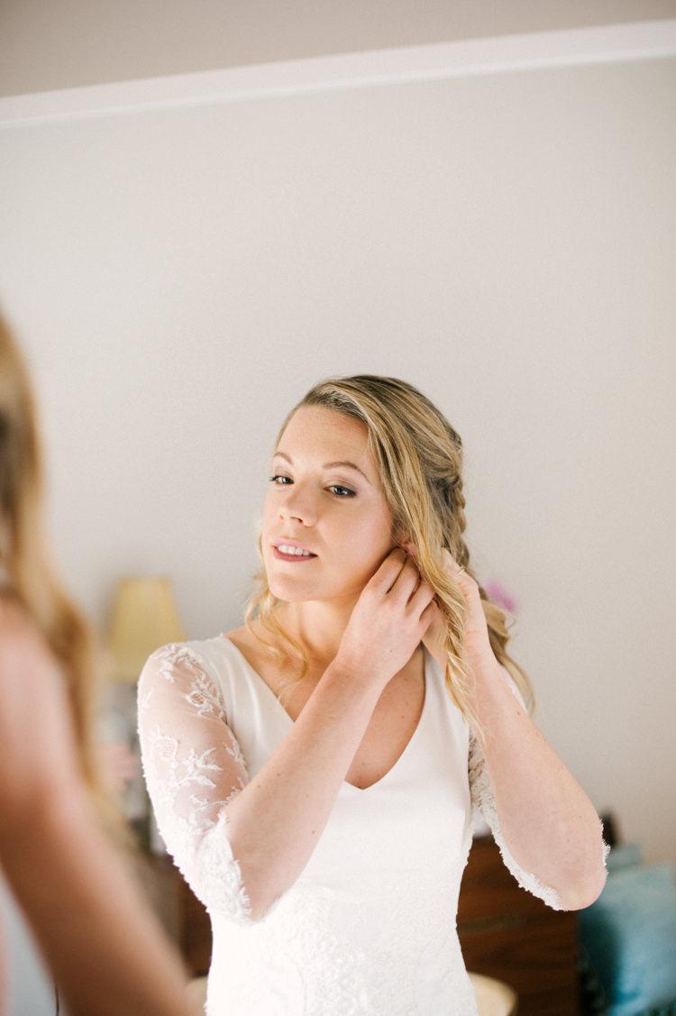 Make Up Hair Bride Bridal Natural Opulent Metallics City Library Wedding http://www.croandkowlove.com/