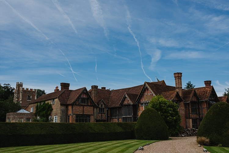 Dorney Court Sparkle Old Hollywood Glamour Wedding https://www.jonnybarratt.com/