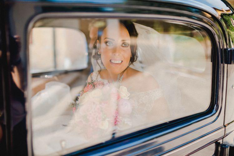 Bride Car Transport Romantic Vibrant Pink Wedding Trieste http://www.emotionttl.com/en/home/