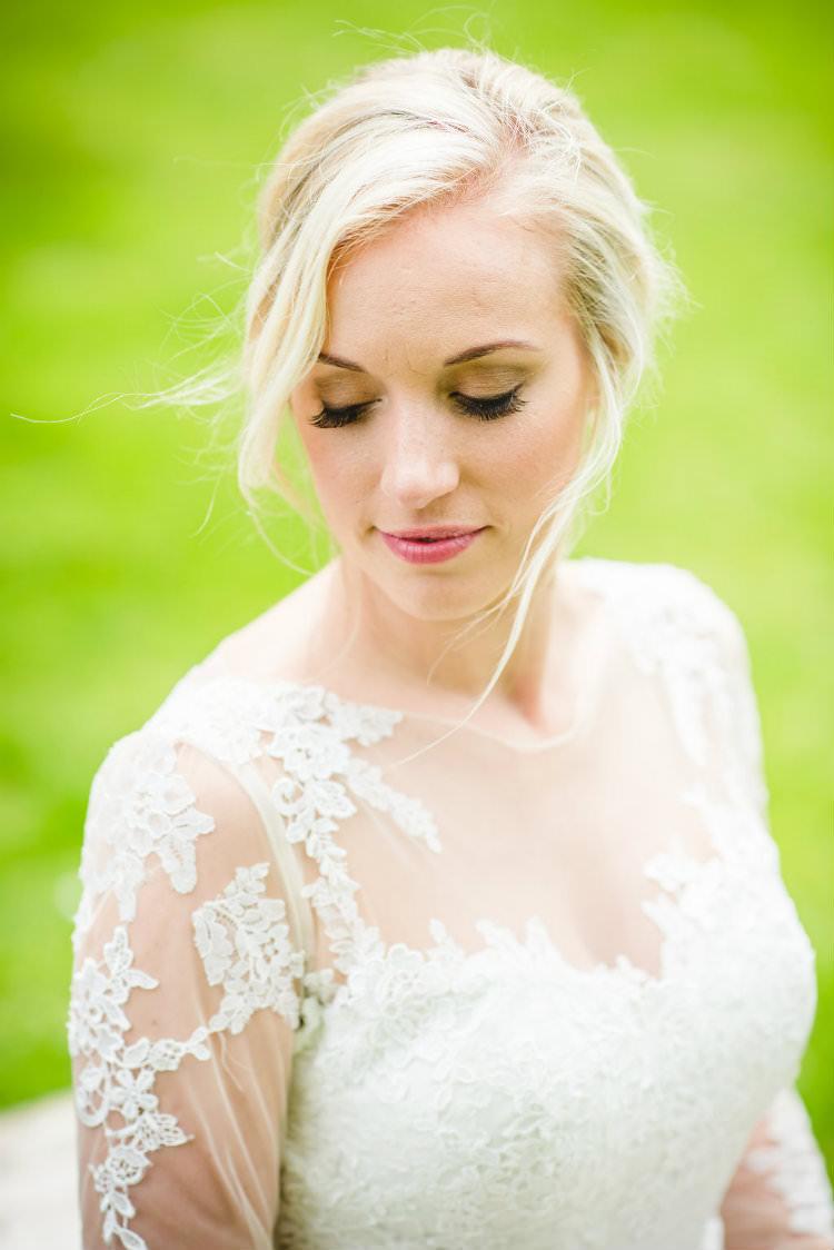Make Up Bride Bridal Beauty Natural Garden of Hygge Wedding Ideas http://www.sophieduckworthphotography.com/
