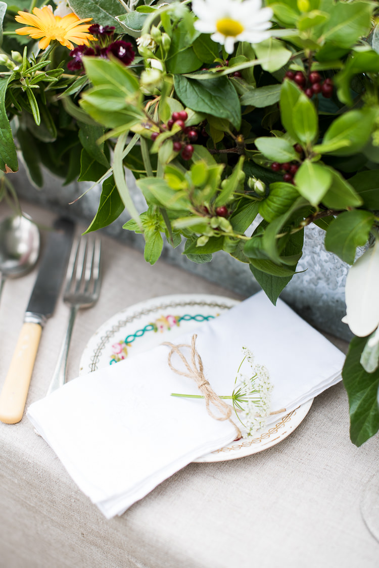 Table Setting Bone Cutlery Gypsophila Daisies Twine Greenery Pretty Urban Nature Wedding Ideas http://www.fionasweddingphotography.co.uk/