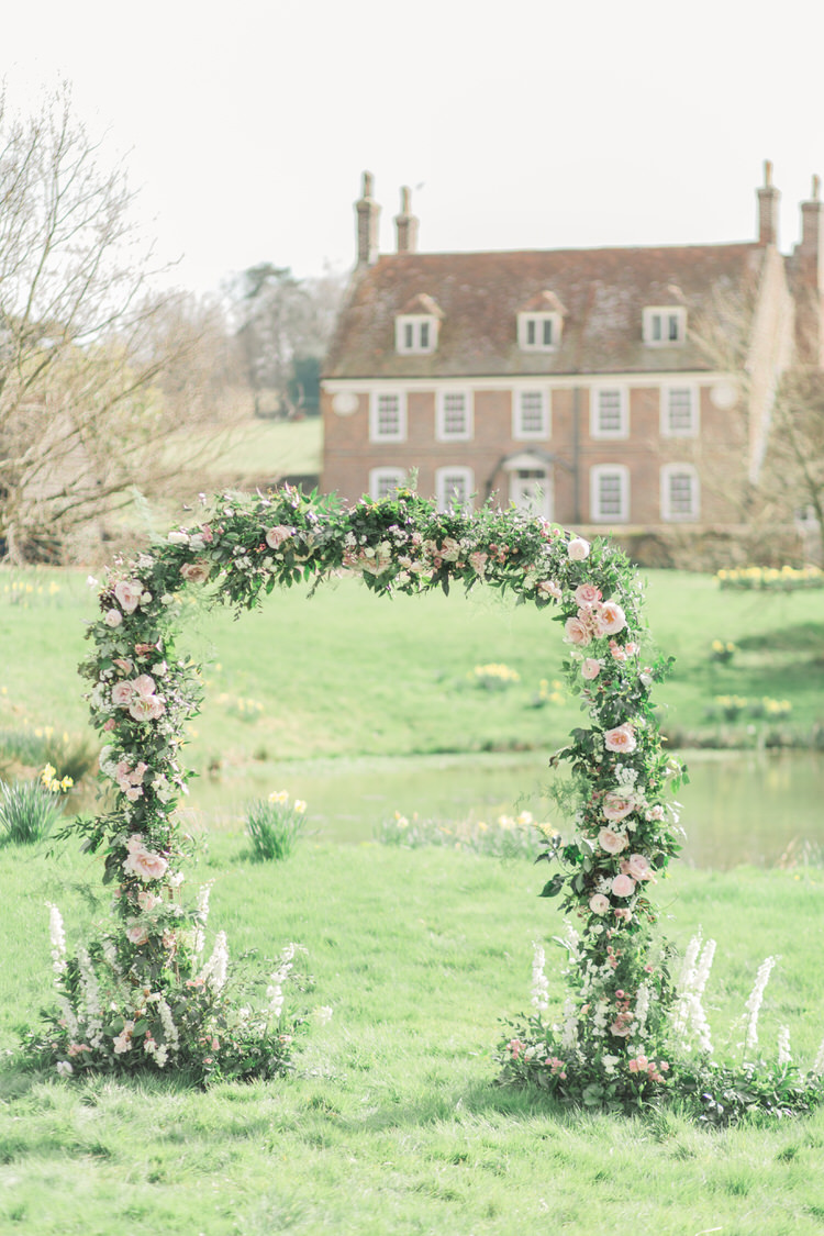 Flower Arch Backdrop Pik Rose Greenery Ethereal Fine Art William Morris Wedding Ideas http://jessicadaviesphotography.co.uk/