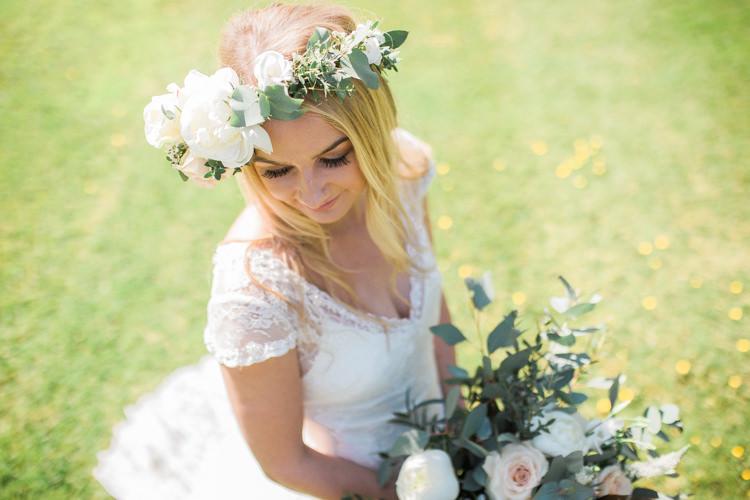 Flower Crown Bride Headdress Accessory Bohemian Garden Greenery Wedding Ideas http://www.storytellerphotography.co.uk/