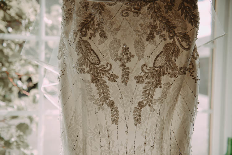 Lace Dress Gown Bride Bridal Whimsical Modern Rustic Barn Wedding http://photomagician.co.uk/