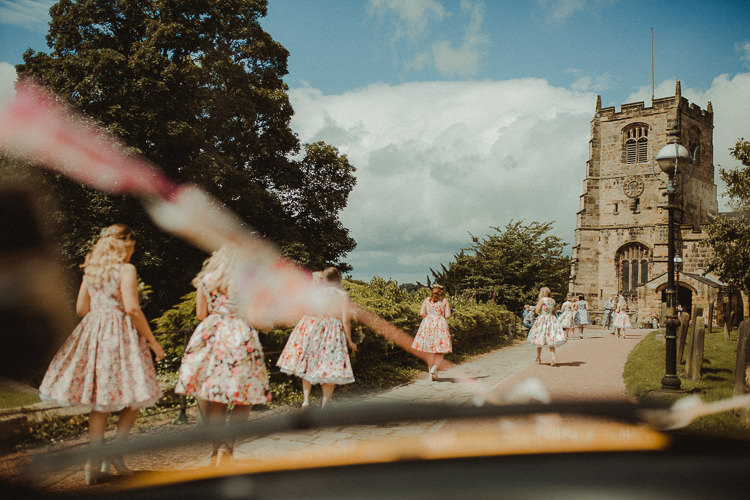 Eclectic Kitsch Retro Fete Wedding http://www.belleartphotography.com/