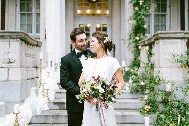 Modern Elegance Marble Greenery Gold Wedding Ideas http://www.jettwalkerphotography.com/