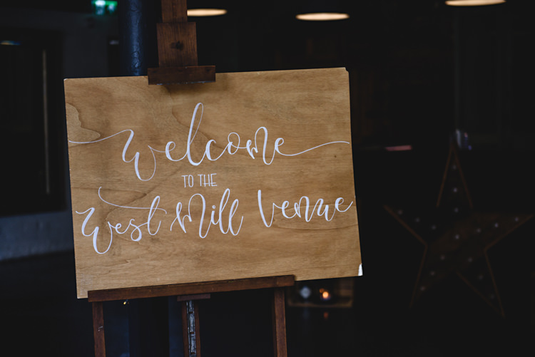 Wooden Callligraphy Welcome Sign Industrial Rose Gold Dove Grey Greenery Wedding http://hbaphotography.com/