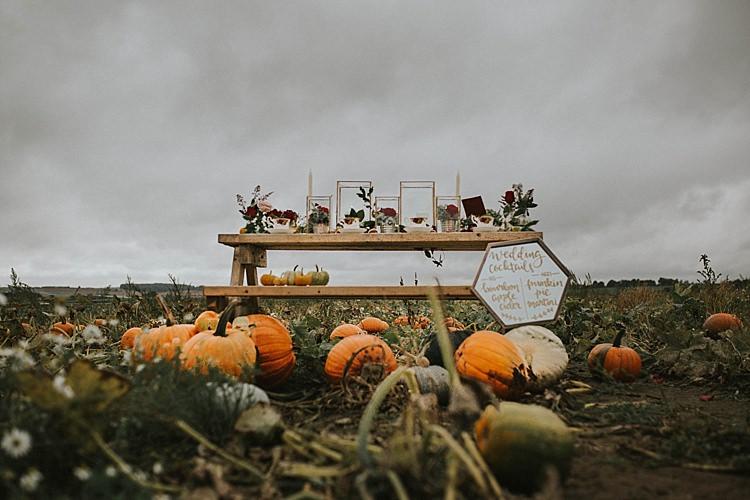 Autumn Inspiration Pumpkins Table Scape http://www.jessicajweddingphotography.co.uk/