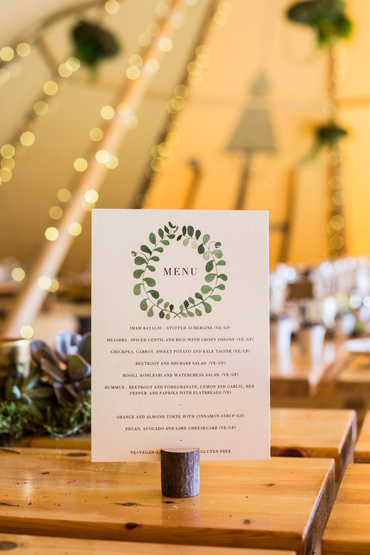 Menu Stationery Greenery Wood Slice Natural Outdoor Tipi Wedding https://www.ad-photography.co.uk/
