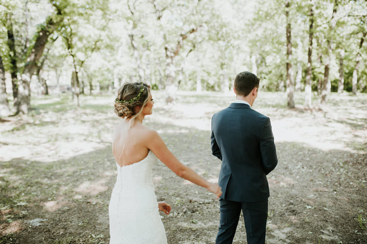 Outdoor Rustic Boho Forest First Look Bride Groom Morning | Organic Earthy Fun Wedding Oklahoma http://zaynewilliams.com/