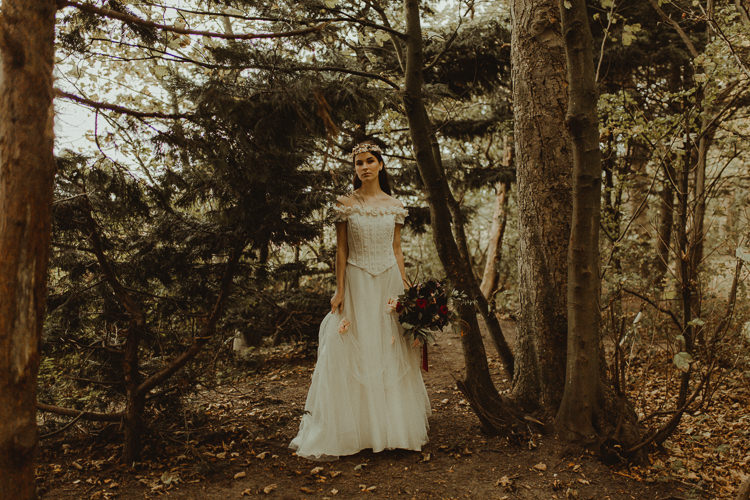 Moody Ethereal Winter Woodland Wedding Ideas http://belleartphotography.co.uk/
