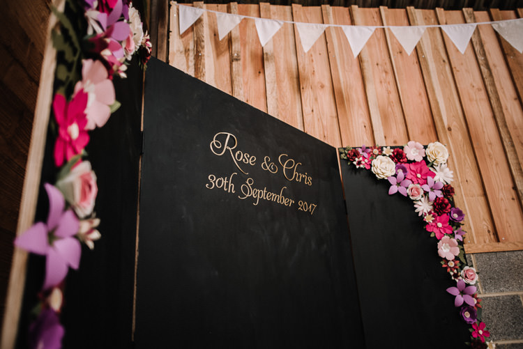 Photo Booth Backdrop Personalised Black Chalk Board Floral Luxe Rustic Autumn Berry Wedding http://www.oobaloosphotography.co.uk/