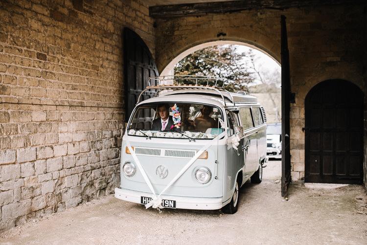 Camper Van Luxe Rustic Autumn Berry Wedding http://www.oobaloosphotography.co.uk/