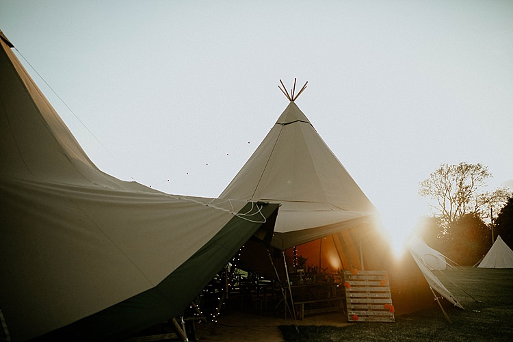 Tipis Mega Laid Back Festival Party Wedding http://www.jessicawilliams.photography/