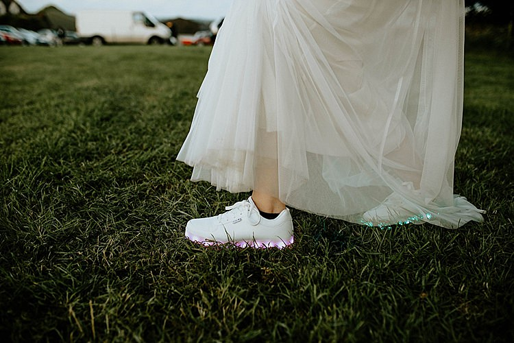 Light Up Trainers Bride Bridal Mega Laid Back Festival Party Wedding http://www.jessicawilliams.photography/