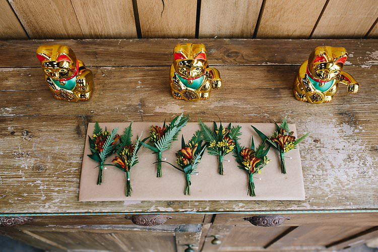 Buttonholes Tropical Countryside Tipi Wedding https://parkershots.com/