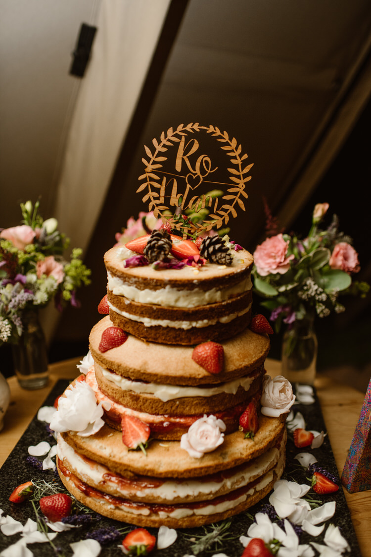Naked Cake Sponge Layer Vegan Handfasting Summer Garden Party Wedding https://www.elliegillard.co.uk/