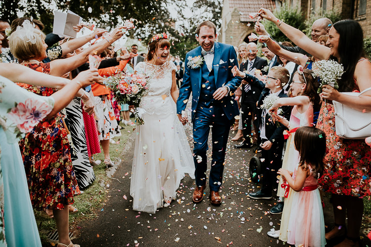 Confetti Throw Bright Colourful DIY Back Garden Wedding http://jonnymp.com/