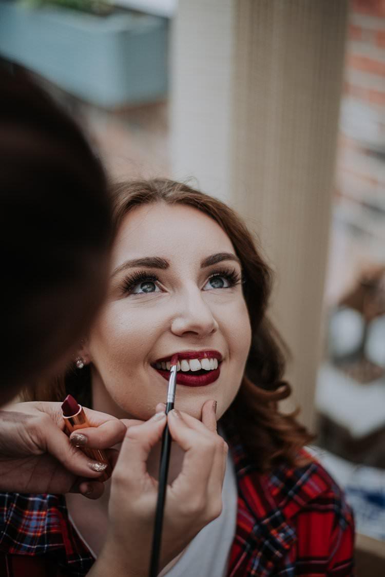 Make Up Bride Bridal Red Lips Twinkly Rustic Winter Wonderland Wedding https://www.kazooieloki.co.uk/