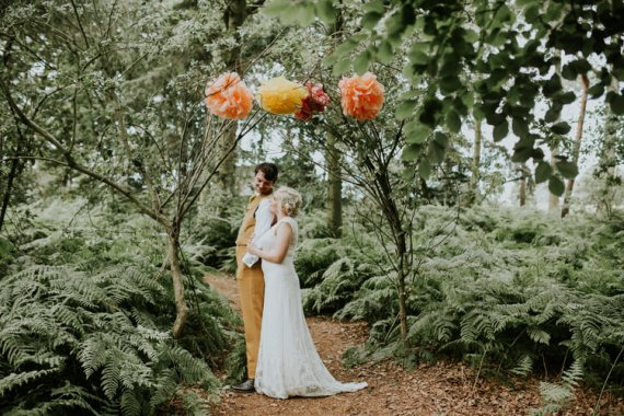 Happy Outdoor Forest Mustard Yellow Wedding http://suzi-photography.com/
