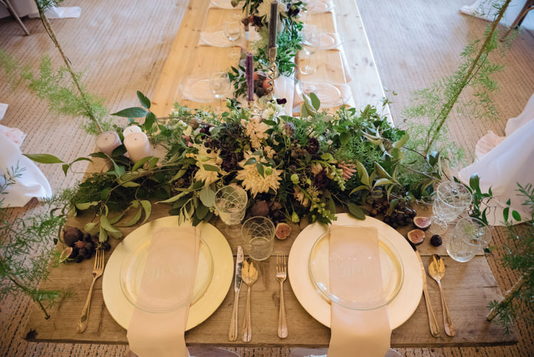 Ruscus Greenery Foliage Berries Fruit Dahlia David Austin Roses Flowers Table Sweetheart Pretty Blush Floral Tipi Wedding Ideas https://www.sarahvivienne.co.uk/