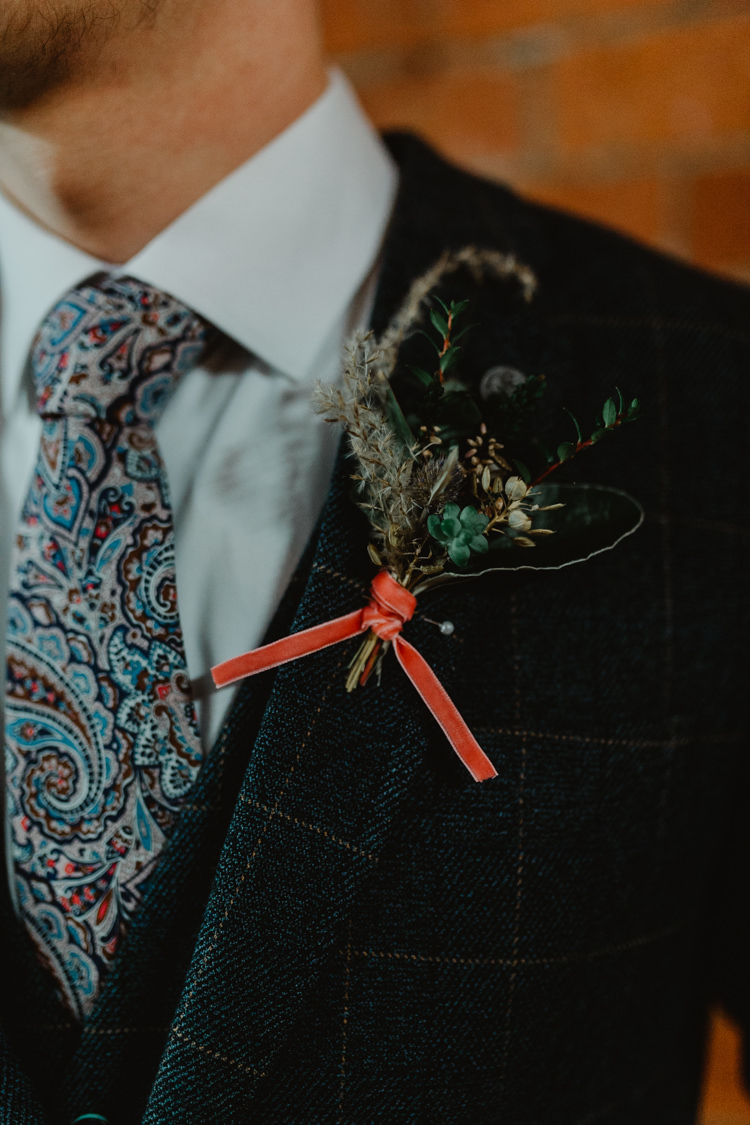 Groom Suit Outfit Style Paisley Tie Buttonhole Industrial Violet Greenery Succulents Edison Lighting Wedding Ideas https://www.steviejayphotography.co.uk/