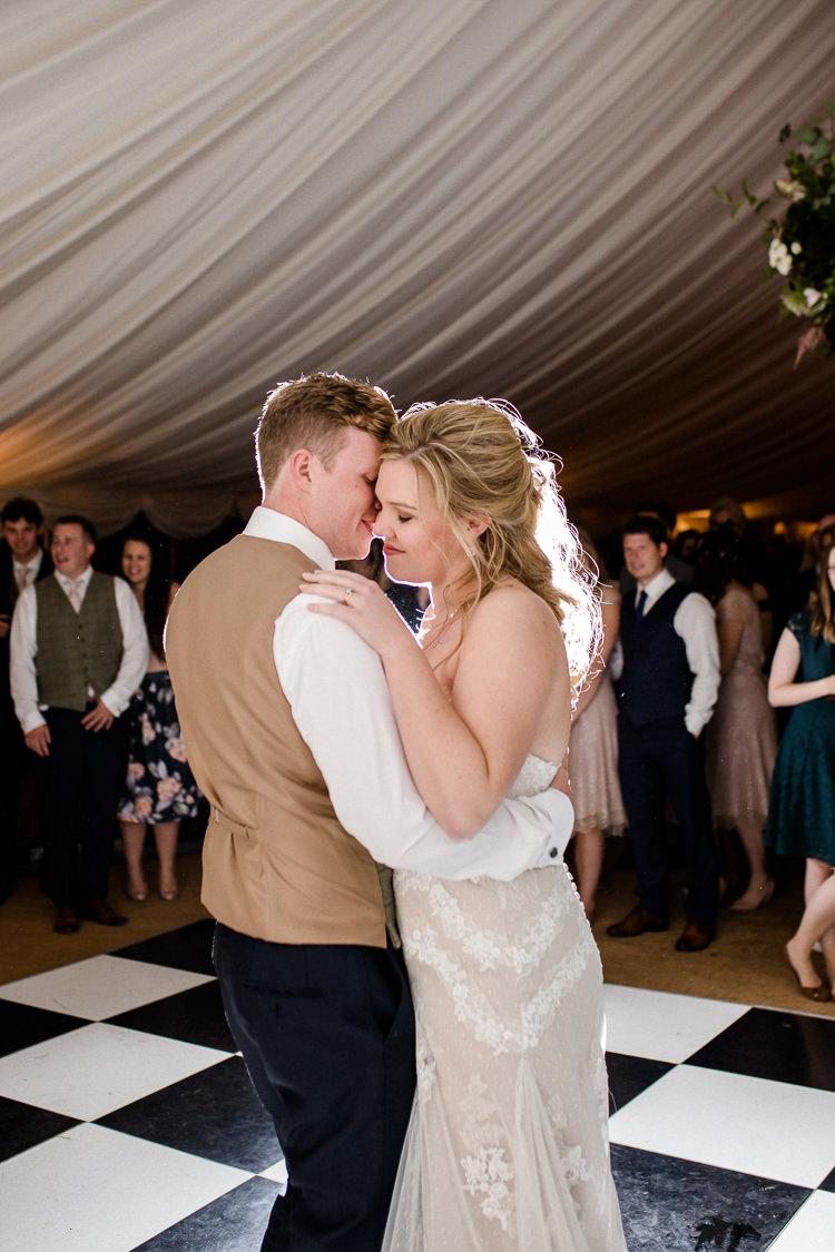 Autumn Countryside Family Farm Wedding Dorset http://www.lydiastampsphotography.com/
