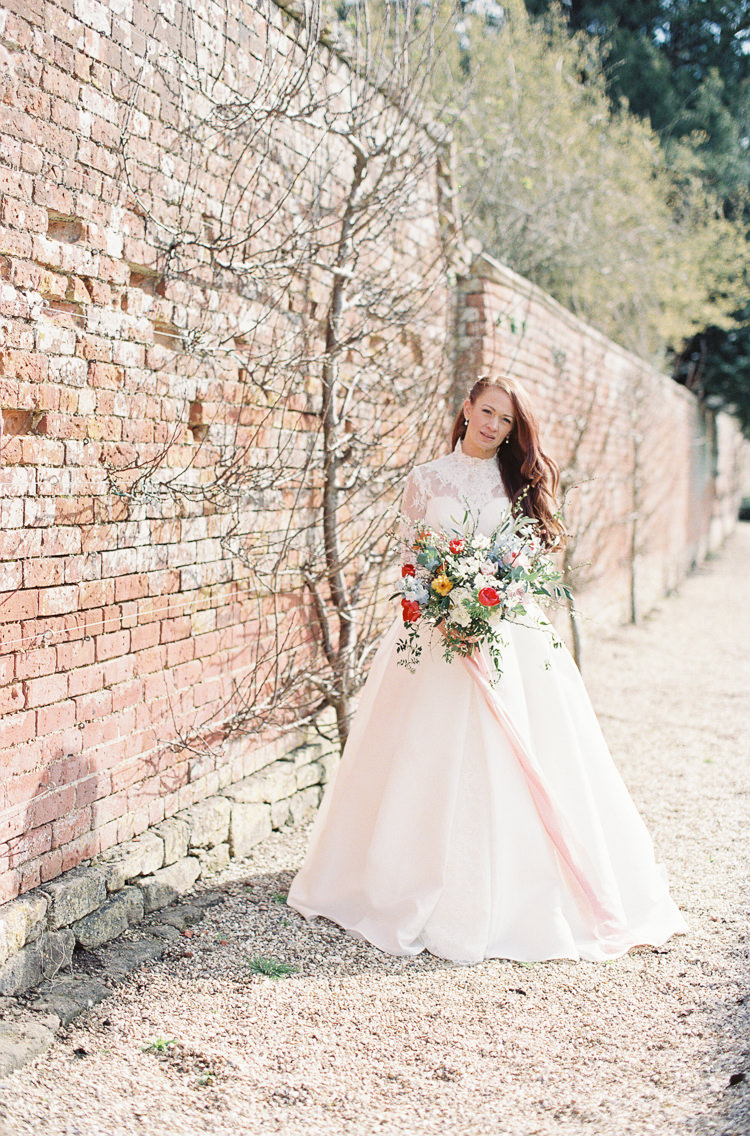 Sassi Holford Dress Gown Bride Bridal Lace Sleeves Whimsical Summer Chocolat Wedding Ideas Brympton House Liz Baker Fine Art Photography