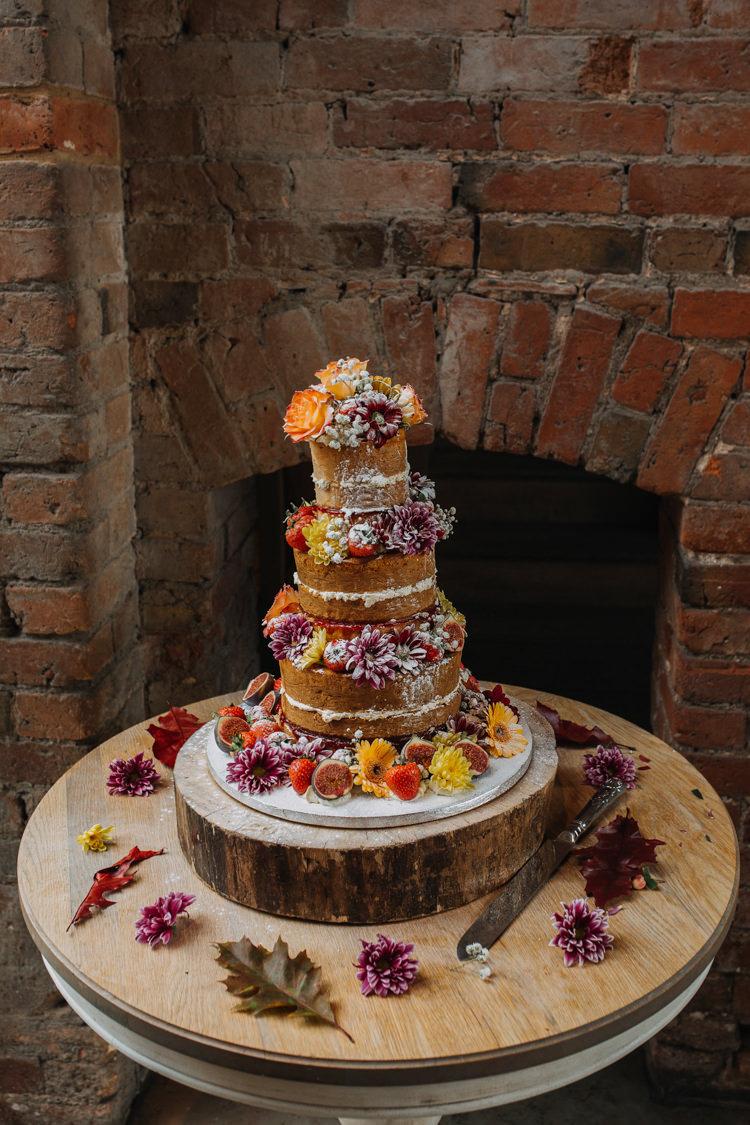 Naked Cake Orange Red Flowers Wood Slice Stand Autumn Shustoke Farm Barns Wedding Ellie Grace Photography
