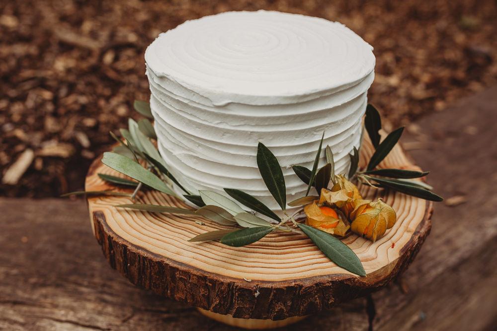 Rustic Buttercream Cake Flowers Greenery Log Stand Arnos Vale Weddings Ideas When Charlie Met Hannah Photography