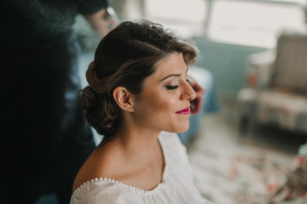 Outdoor Seville Destination Villa Bride Updo Morning Prep Make-up | Colorful and Heartfelt Wedding in Spain Boda&Films