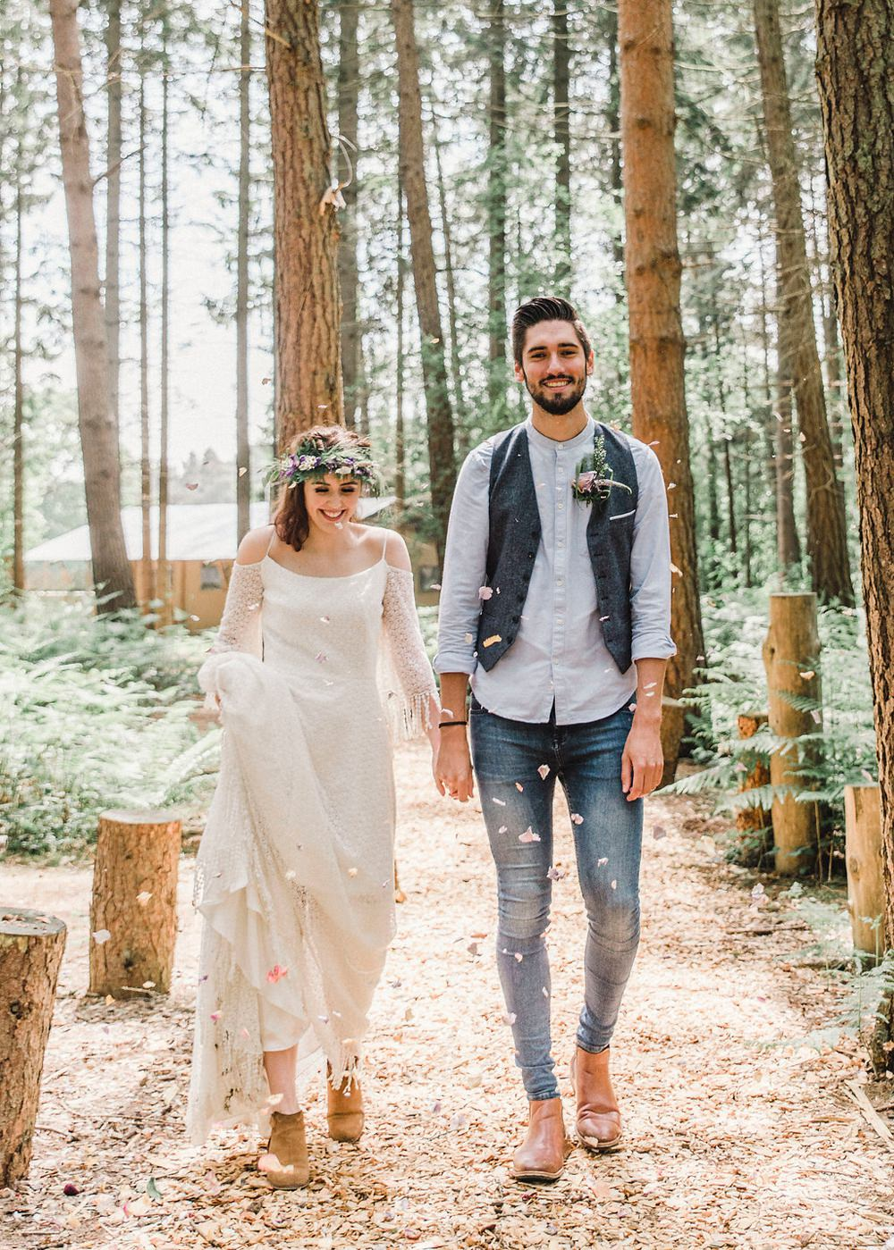 Confetti Throw Boho Woodland Wedding Ideas Camp Katur Emily Olivia Photography