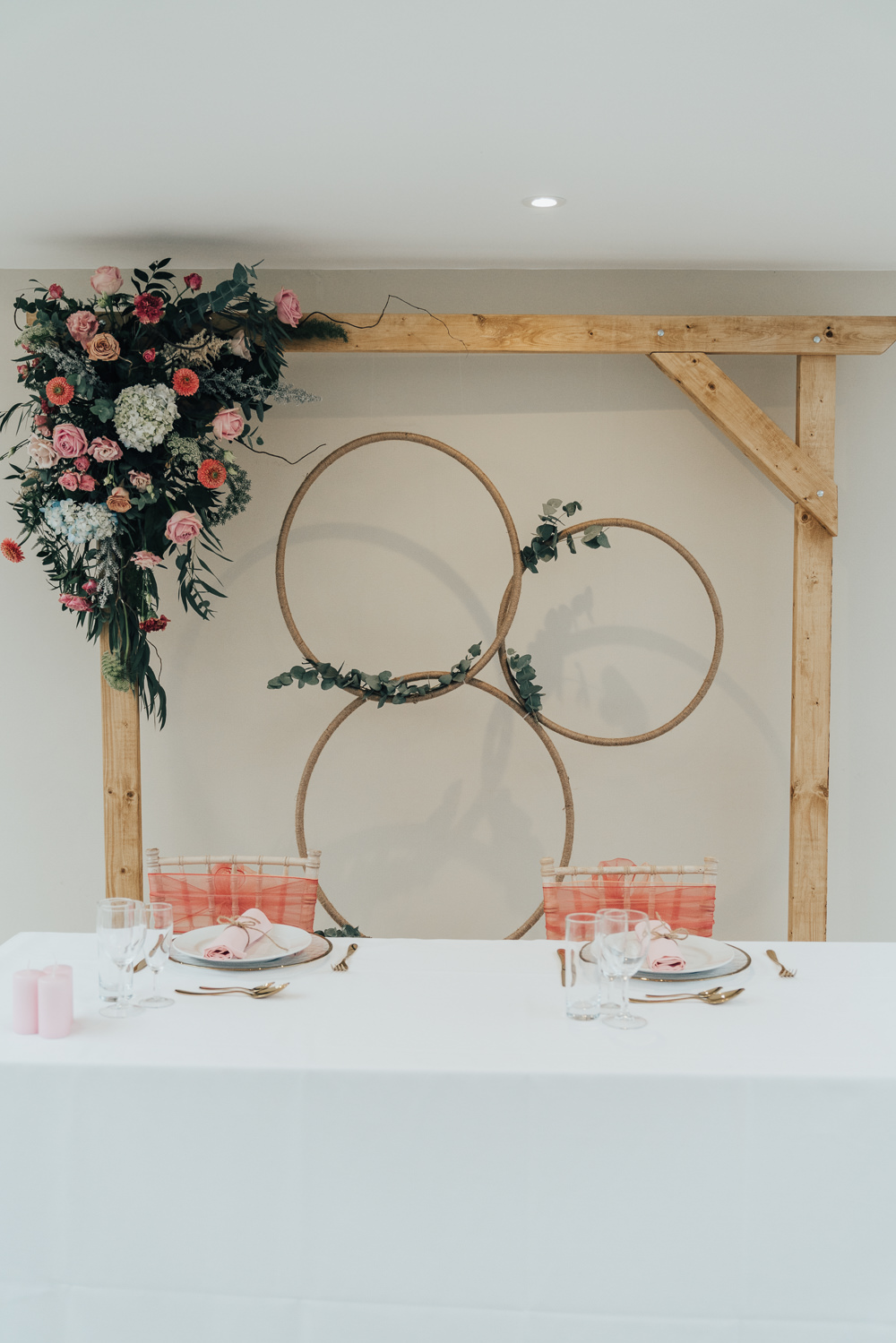 Top Table Backdrop Flowers Floral Hoop Wedding Ideas Rebecca Carpenter Photography