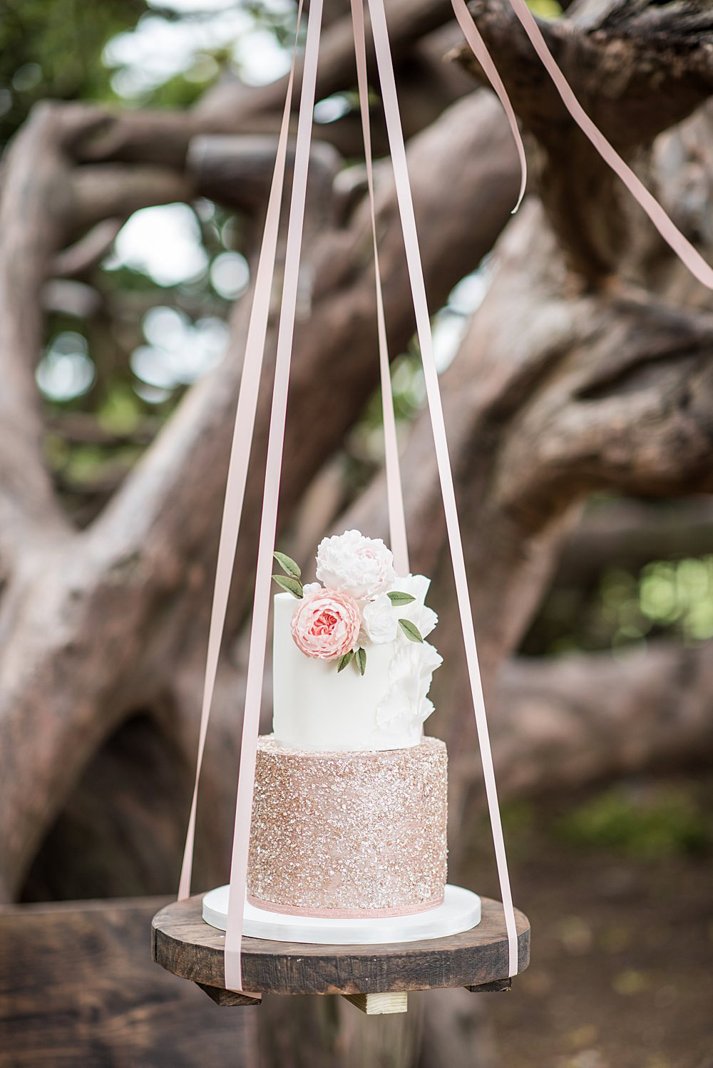 Cake Swing Table Glitter Floral Flowers Peach Gold Wedding Ideas Jane Beadnell Photography