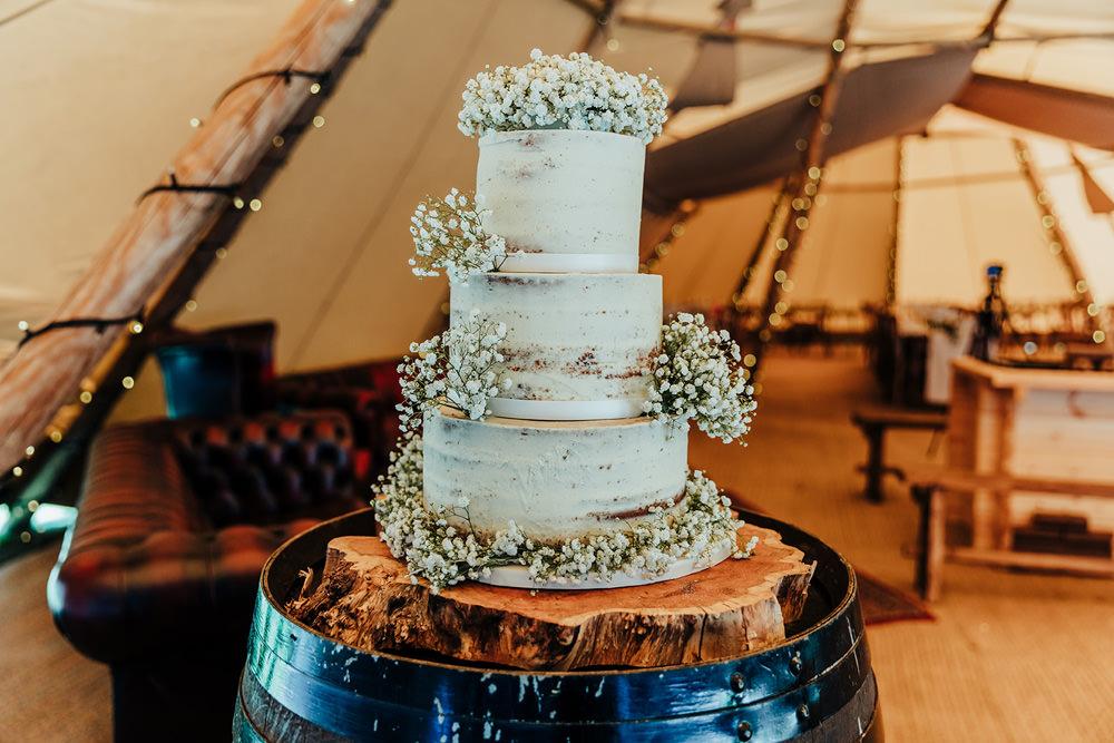 Semi Naked Cake Log Stand Buttercream Gyp Gypsophila Baby Breath Hazlewood Castle Woodland Wedding Nicola Mackrill Photography