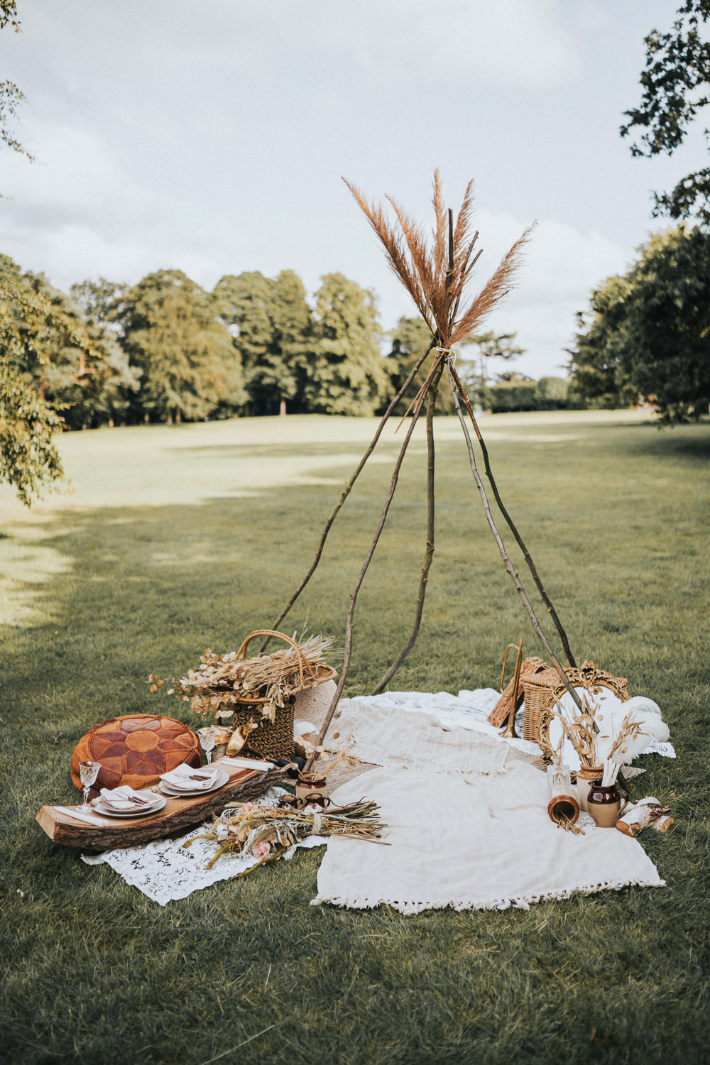 Naked Tipi Pampas Grass Rugs Decor Grasses Wheat Wedding Ideas Holly Rose Stones