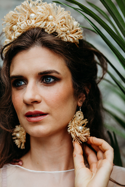 Bride Bridal Crown Tiara Earrings Gold Make Up Raffia Tropical Wedding Ideas When Charlie Met Hannah