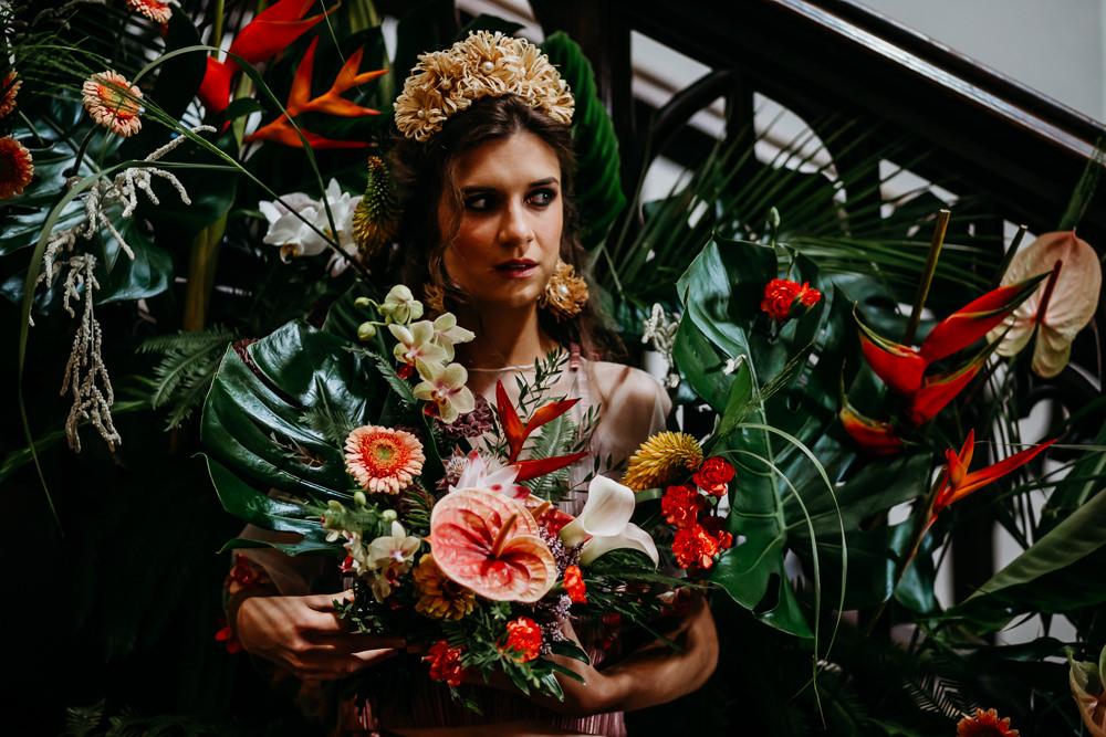 Bride Bridal Crown Tiara Earrings Gold Tropical Wedding Ideas When Charlie Met Hannah