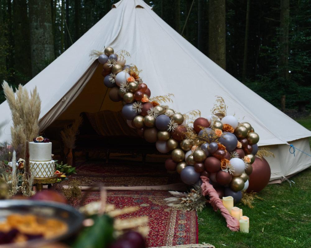 Balloons Balloon Installation Flowers Grass Gold Grey Bell Tent Moroccan Wedding Inspiration Luke Batchelor Productions