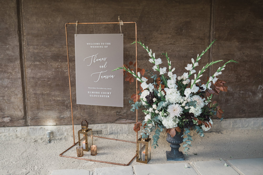 Welcome Sign Signs Signage Flowers Frame Modern Romantic Wedding Red Maple Photography