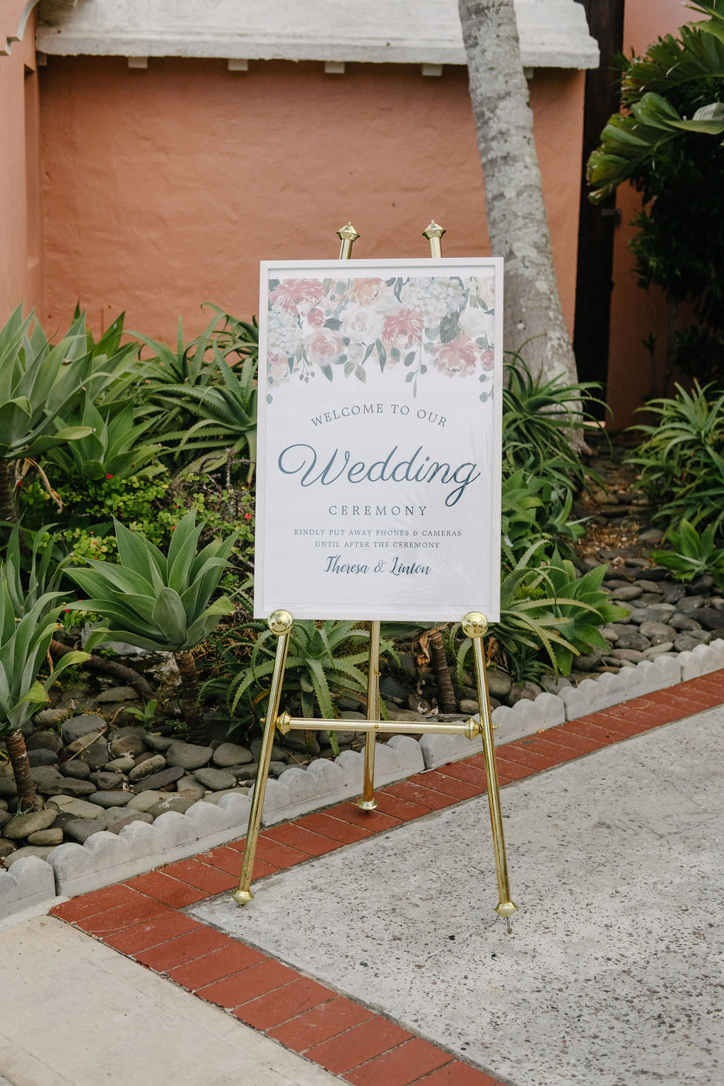 Sign Signs Signage Bermuda Wedding Helen Abraham Photography
