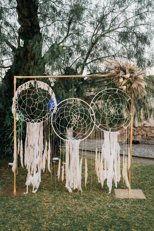 Dreamcatcher Arch Backdrop Guatemala Wedding Daniel Lopez Perez Photography