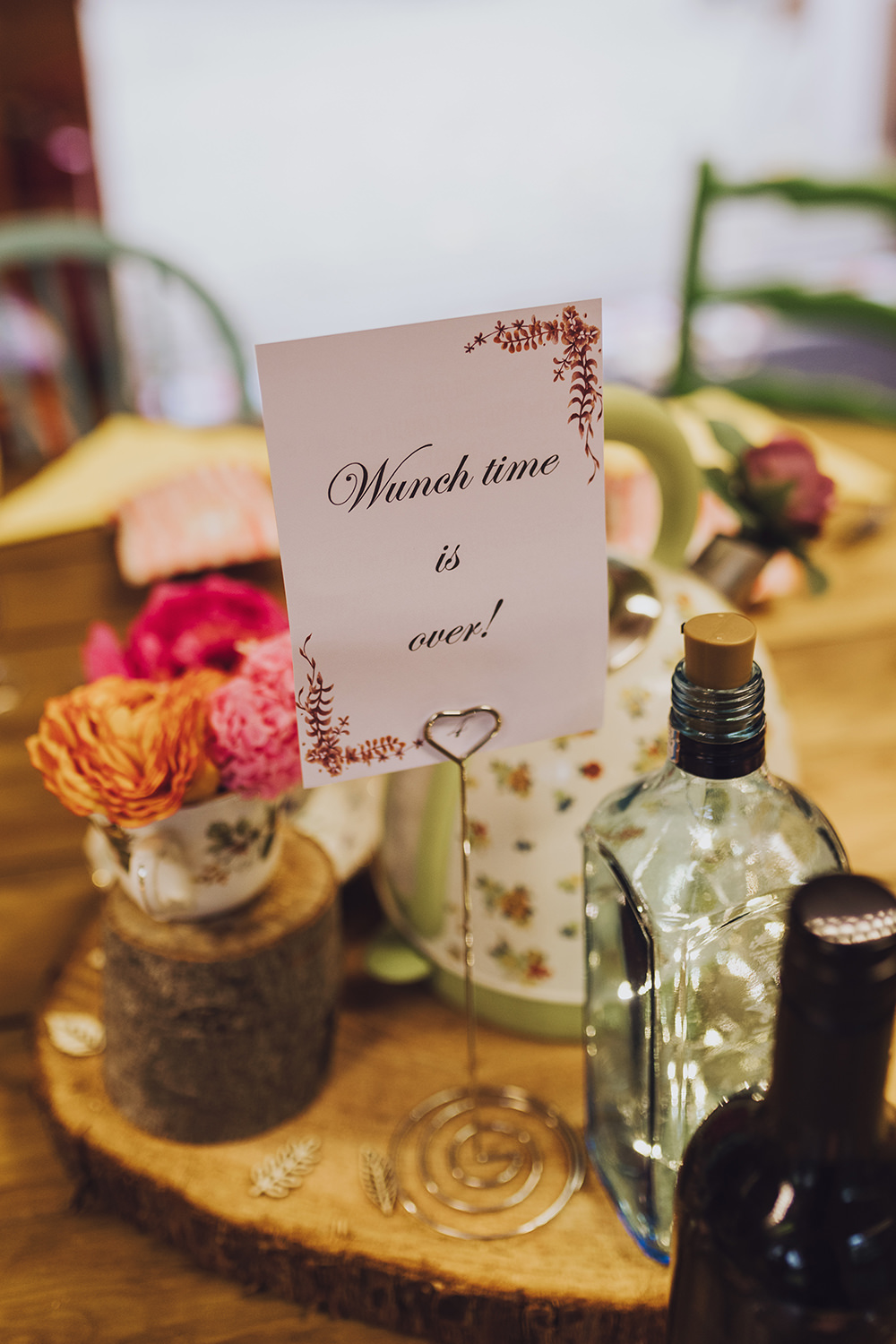 Centrepiece Flowers Log Slice Table Name Treehouse Wedding Honeydew Moments