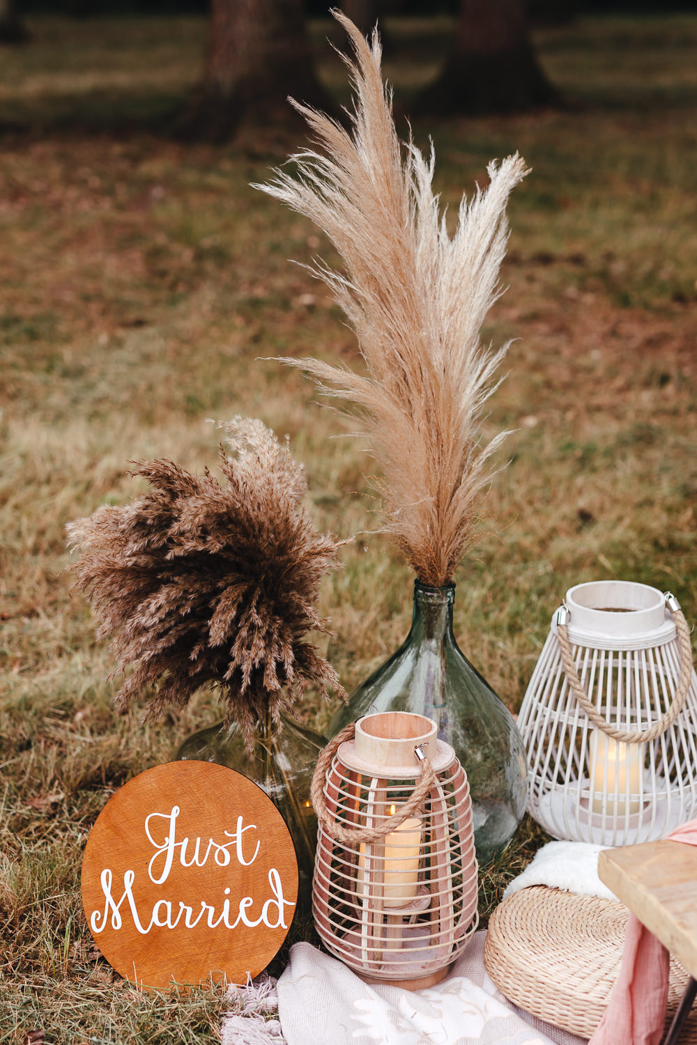 Table Tablescape Decor Wooden Pallet Pampas Grass Bohemian Elopement Kirsty Mackenzie Photography