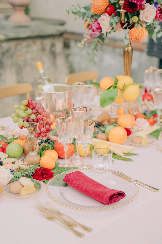 Tablescape Table Decor Red Gold Candelabra Fruit Tuscan Wedding Ideas Giuseppe Giovannelli
