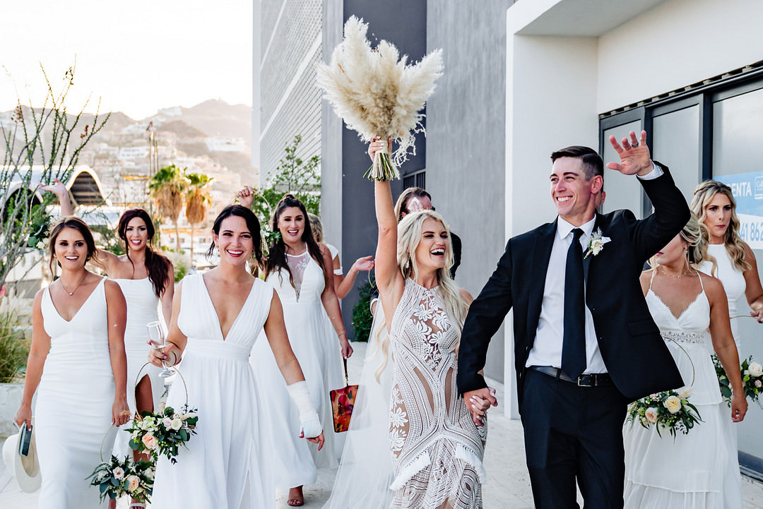 2021 Wedding Trends Fabi Rosas Cabo Wedding Photographer