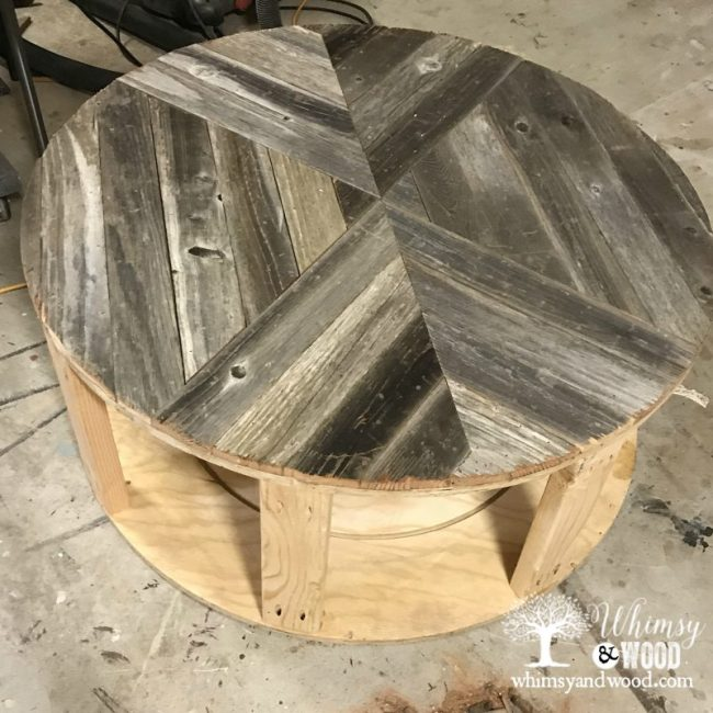 Reclaimed wood coffee table-the table top design
